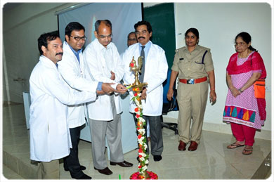 <b> Doctors Day Celebrations - Lightning of Lamp by Dr. Padmaraju, Dr.Bhaktavatsalam &<br> Dr. Mahesh Kumar U, on 01 Jul 2017</b>